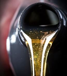 Olio sintetico, olio minerale: guida alla scelta