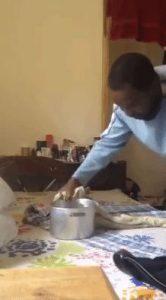 stirare camicia senza ferro