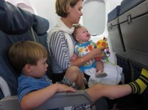 viaggio-bambini-aereo-1